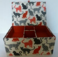 grand-coffret-chats-noirs-rouge-gris-ter